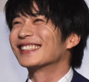 田中圭さんの主演ドラマ『おっさんずラブ』が終わってしまいました。「むずきゅん」が好評だったみたいです。このドラマの田中圭さんの役は煮え切らないダメ男の印象で